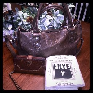 Frye purse and wallet